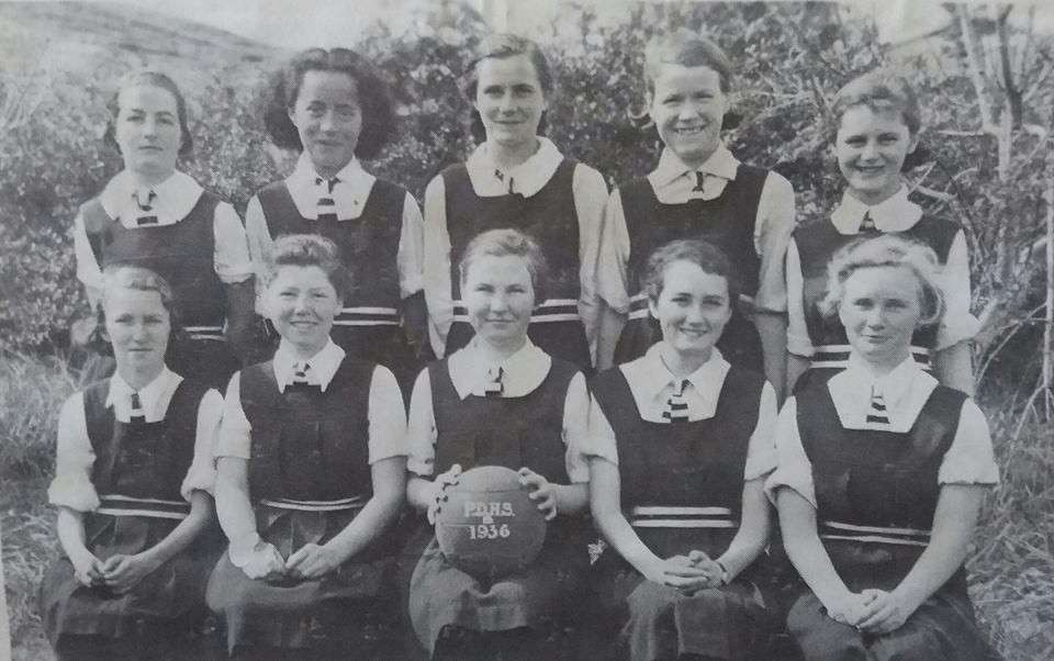 1936 Basketball 'b'