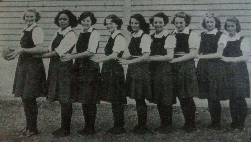 1949 Basketball 'a'