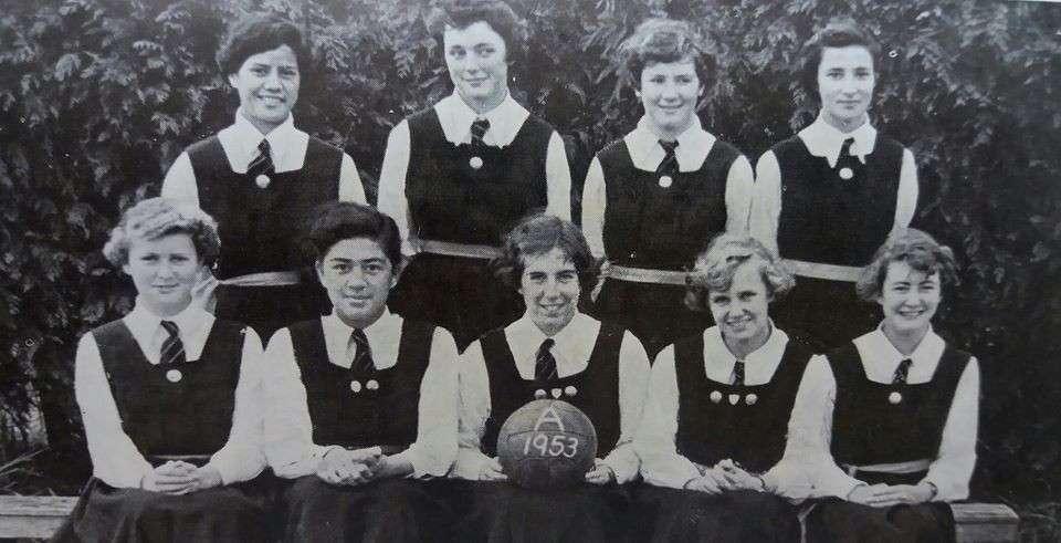 1953  Basketball 'a'