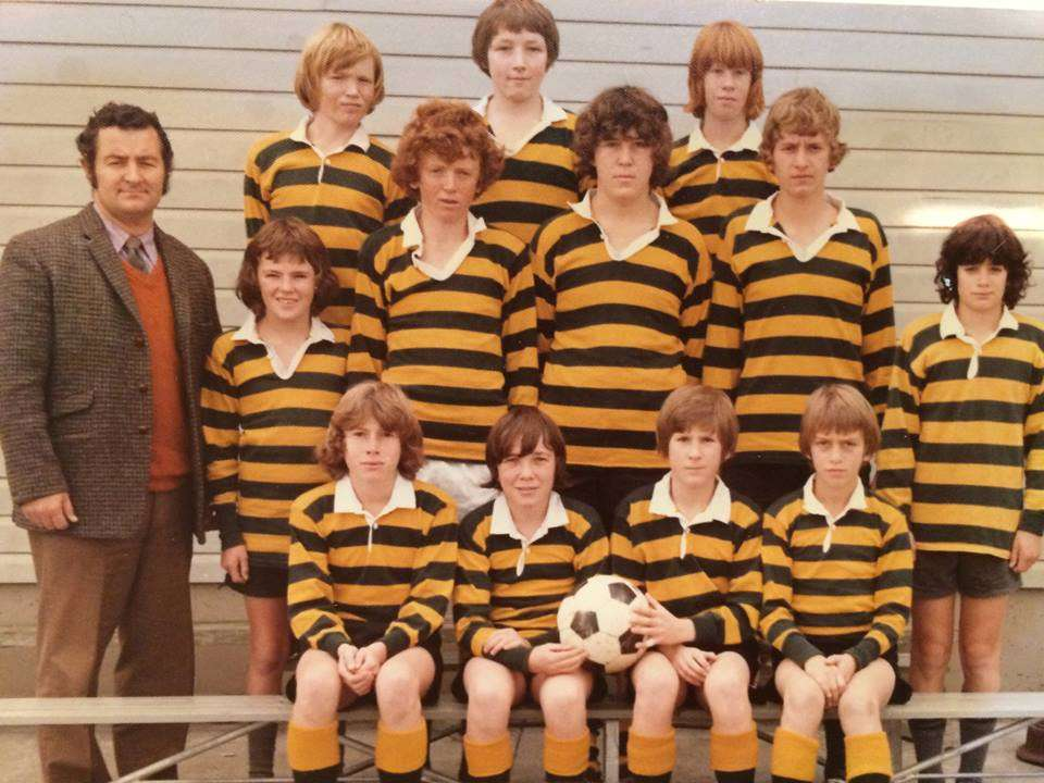 1976 Soccer Junior Xi Back
